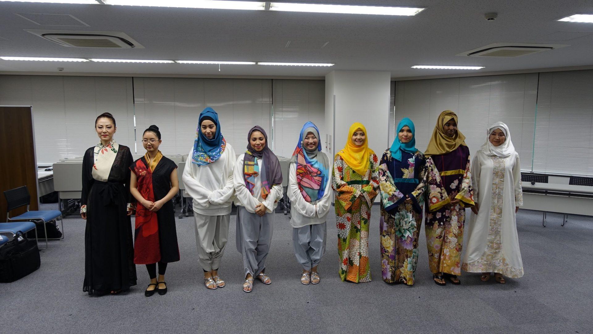 ムスリム着物ファッションショー